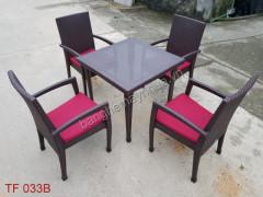 Bàn ghế ngoài trời TF 033