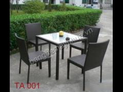 Bàn ghế phòng ăn mây nhựa TA 001